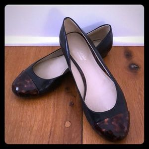 *Worn once* tortoise and black leather flats sz7